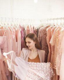 Sukienki na wesele – jak wybrać?